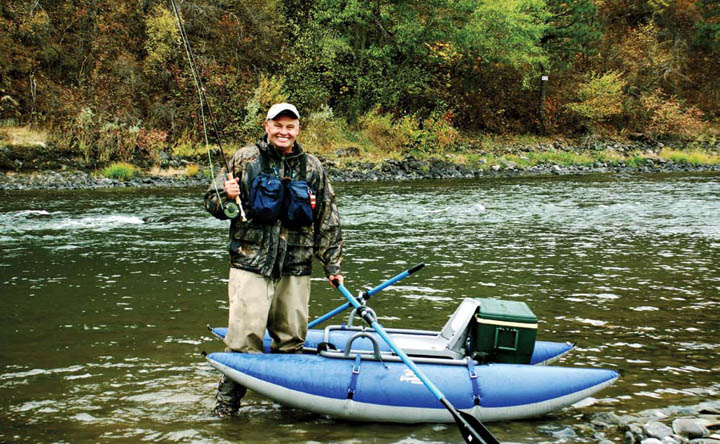 Float tubes and pontoon boats fly fishing love the for Fly fishing float tube