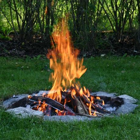 Outdoor Tips: Building a Cooking Fire